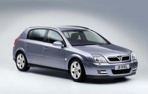 Vauxhall Signum. План: 8000 в год. Продано: 17 000 авто за 5 лет