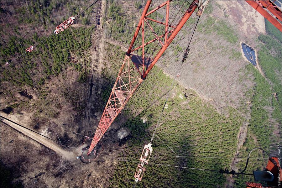 Если прыгнуть с такой высоты, то у вас будет примерно 6 секунд незабываемого свободного полета