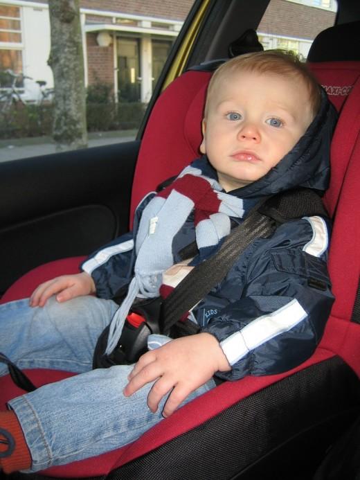 Чем заменить детское автокресло?
