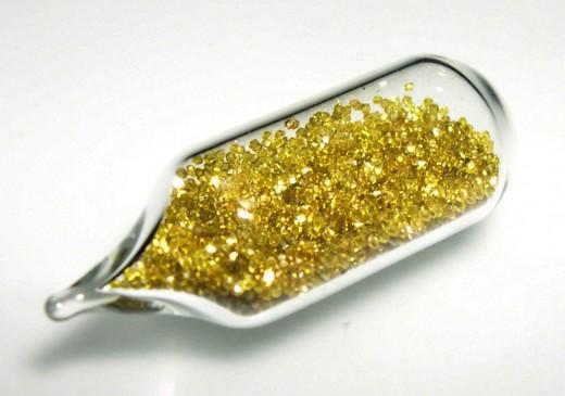 Ученые будут лечить рак алмазами