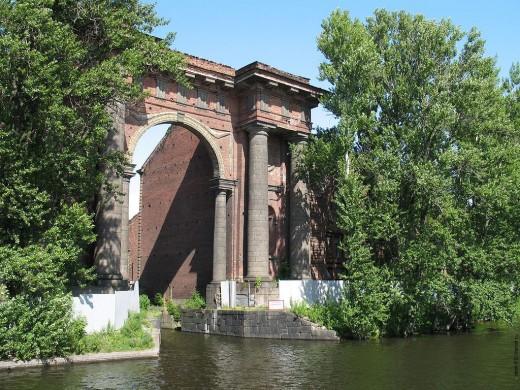 Новые старые достопримечательности Санкт-Петербурга доступны для посетителей