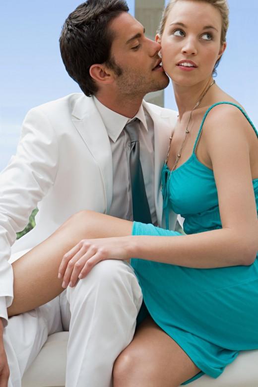 Замужние женщины, имеющие любовников, рискуют своим здоровьем