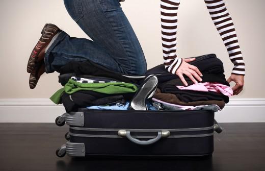 Женщины берут на отдых вдвое больше одежды, чем надо