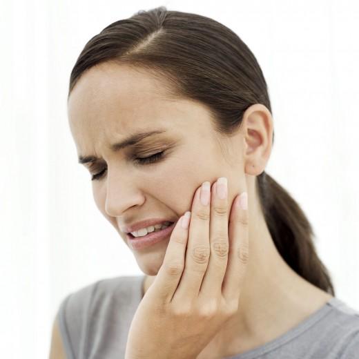 Что делать в случае острой зубной боли?