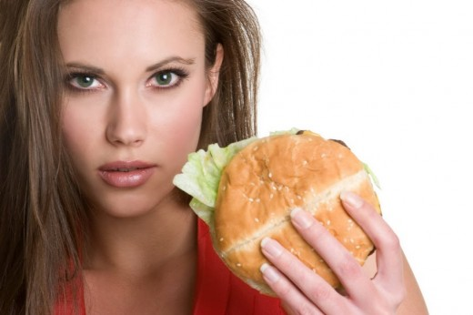 Строгая диета сохранит не только фигуру, но и мозг