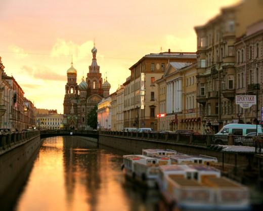 Петербургские власти на страже тишины