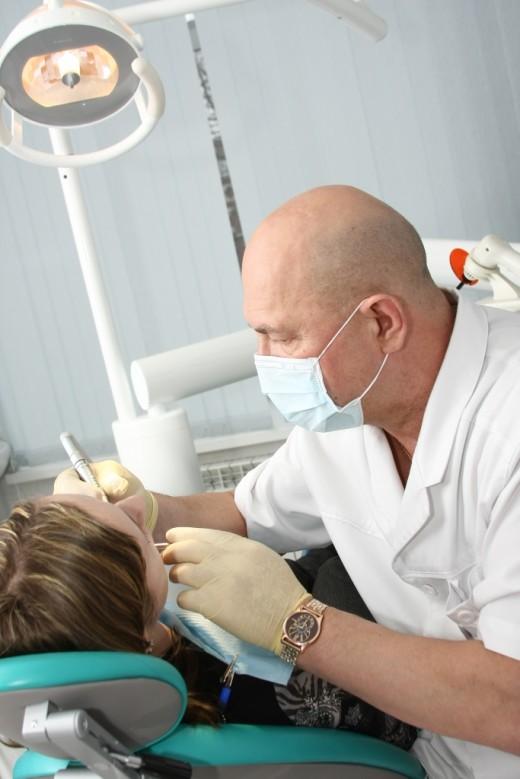 Какие способы лечения пародонтита предлагает стоматология