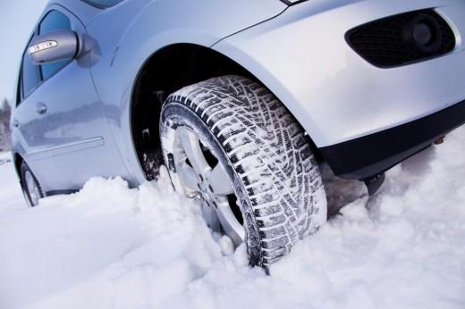 Какие шины лучше ставить для езды зимой?