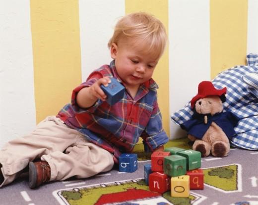 Выбираем правильные игрушки для ребенка