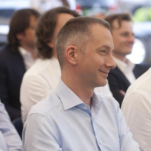 Эксперты подвели итоги сделки по продаже UMH Бориса Ложкина