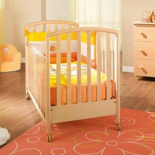 «Мамин городок» — лучшее место для покупки кроватки для новорожденного