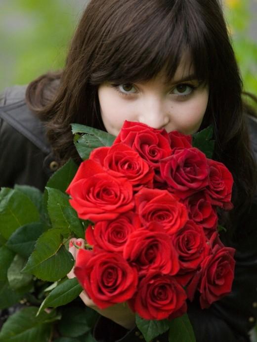 Цветы пусть дарят каждый день...