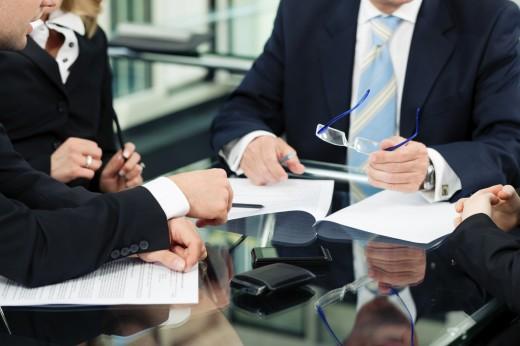 Теперь ускоренная регистрация сделок с недвижимостью возможна по закону и через нотариуса
