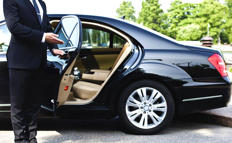Преимущества аренды автомобиля с водителем - Моя газета | Моя газета
