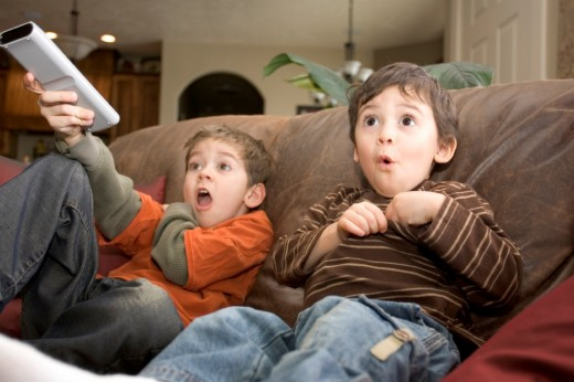 Какие мультфильмы рекомендуется смотреть детям?