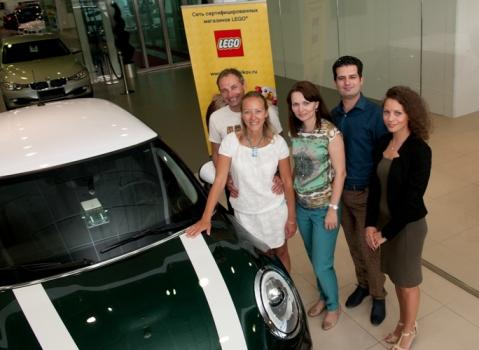 Автомобиль за «лайки»: объявлены победители конкурса «LEGO® MINI Cooper – совсем как настоящий»