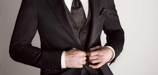 Где приобрести качественный мужской костюм