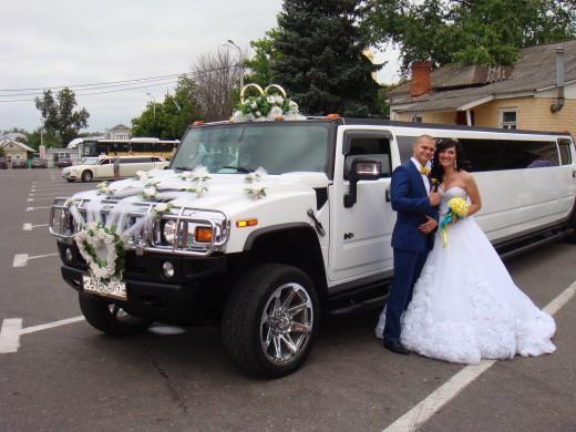 Прокат лимузина на свадьбу – ваш кортеж в классе VIP
