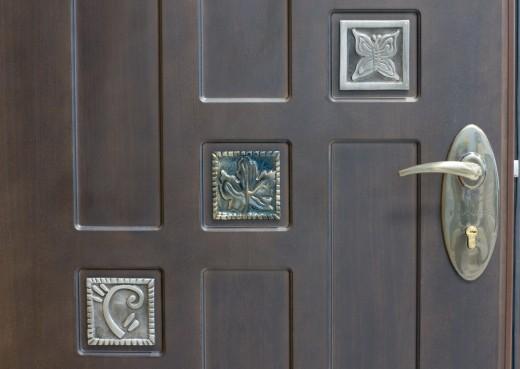 Преимущества входных стальных дверей
