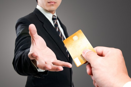 Как правильно брать деньги в кредит