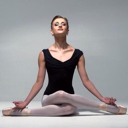 Компания «Галерея Михайлов» вручила призы победителям конкурса артистов балета