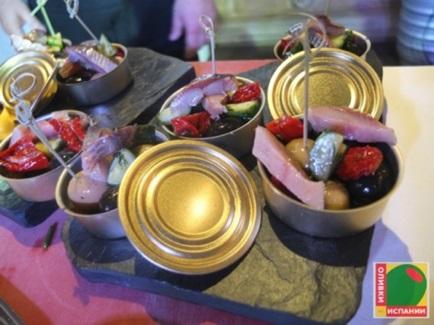 Лето - идеальное время, чтобы насладиться испанскими оливками