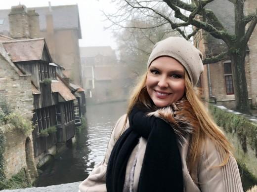 Варвара подготовилась к встрече Нового года в древней Фландрии