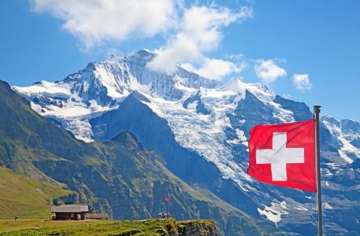 В каких случаях целесообразно регистрировать фирму в Швейцарии?