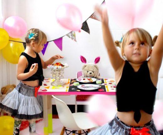 Чем украсить квартиру для детской костюмированной вечеринки?