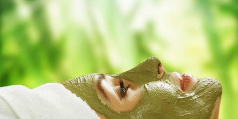 Уход за кожей: маски и кремы для лица