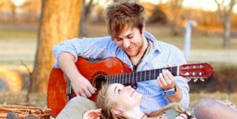 Песня — лучший подарок на День Всех Влюбленных