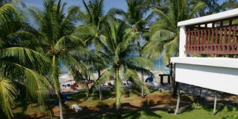 Цунами, вид из номера отеля (фото)