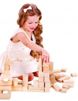 Конструктор – одна из самых развивающих игр для ребенка