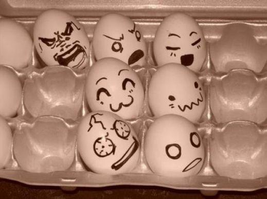 Рожицы на яйцах