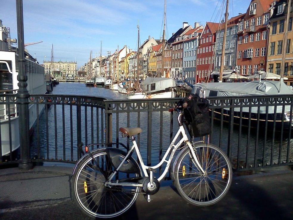 По Дании я ездила на велосипеде
