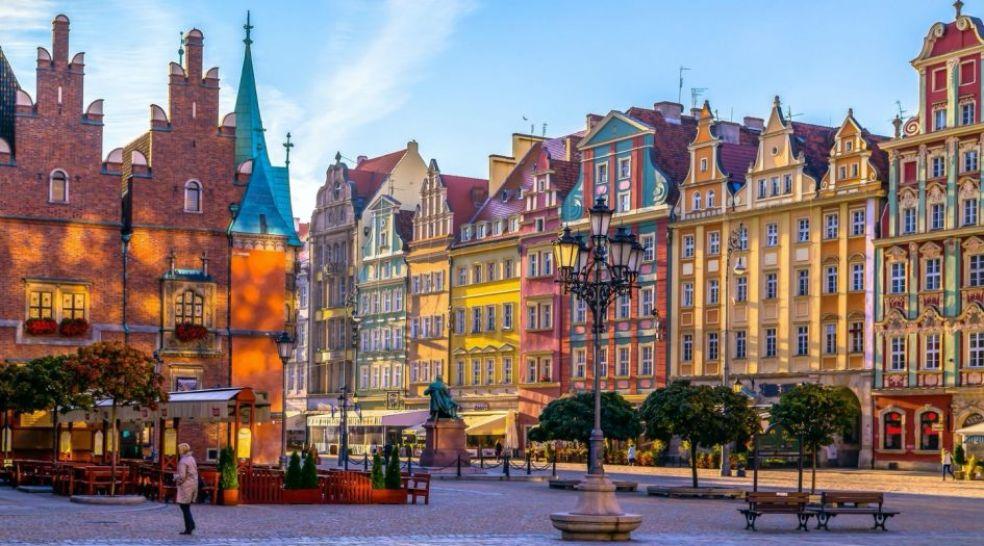 В Варшаве жизнь начинается в шесть утра