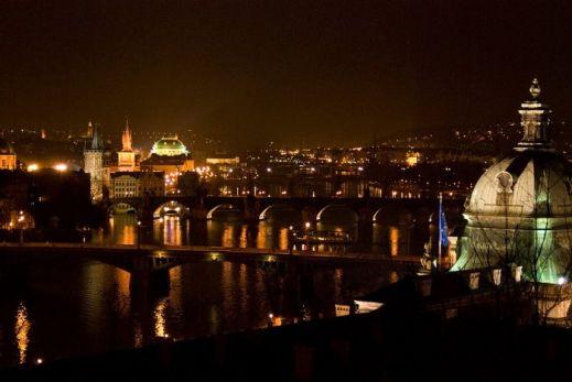 Прага готовится к праздникам