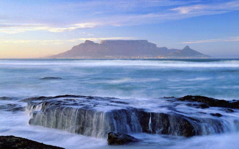 Столовая гора в Южной Африке