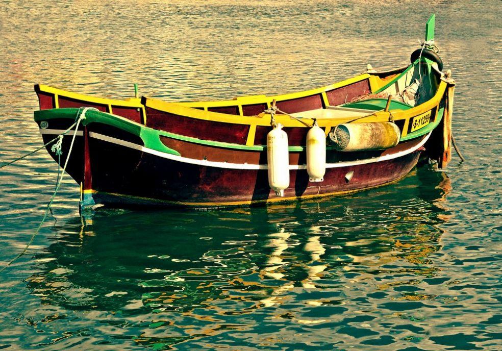 Традиционная Мальтийская лодка