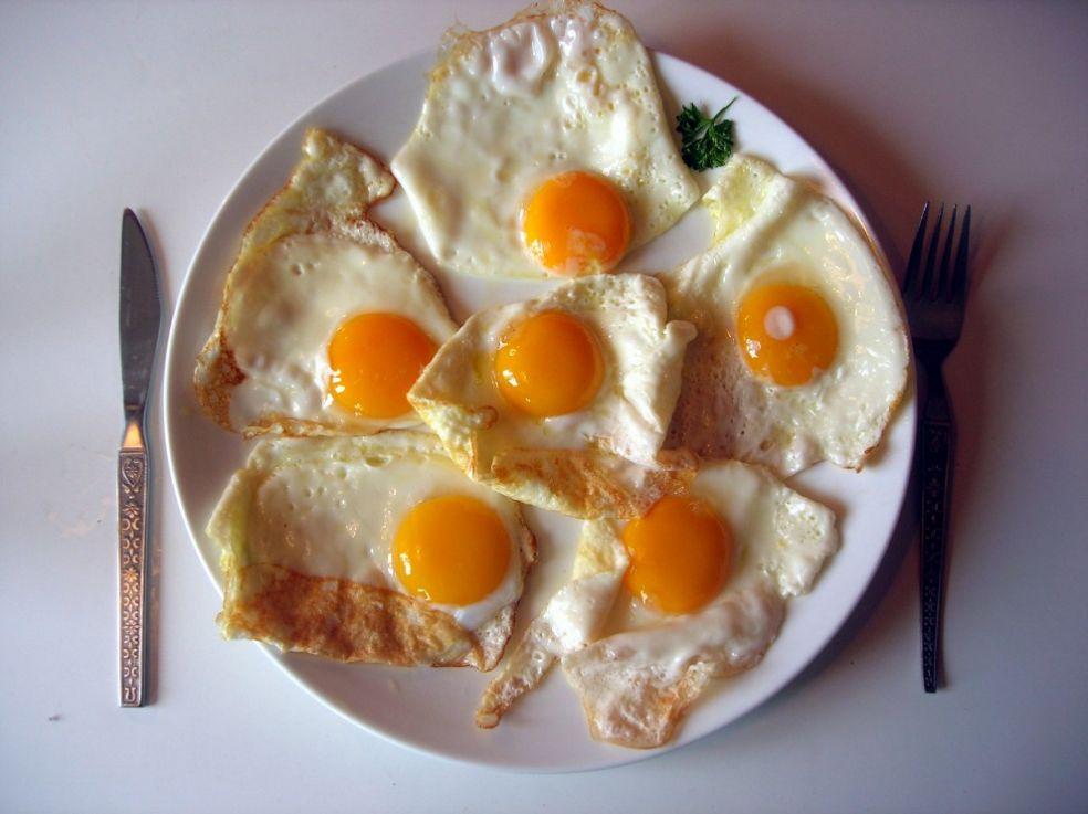 Глазунья из 6 яиц