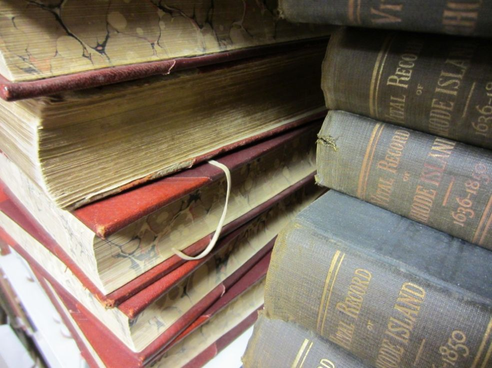 Старые книги из библиотеки Глосестер-Мантона, США