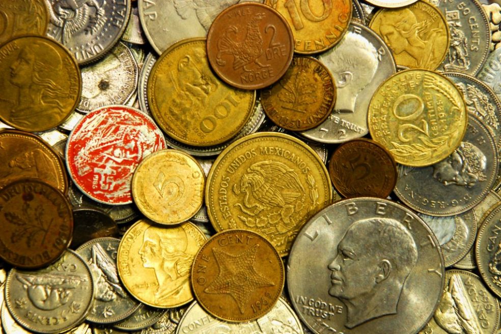 Монеты разных стран ХХ века