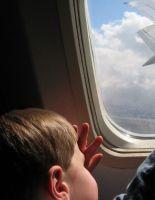 Важные моменты путешествия зимой на самолете с детьми