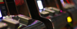 Играйте в игровые аппараты в игровом зале Free-Slots-Hall